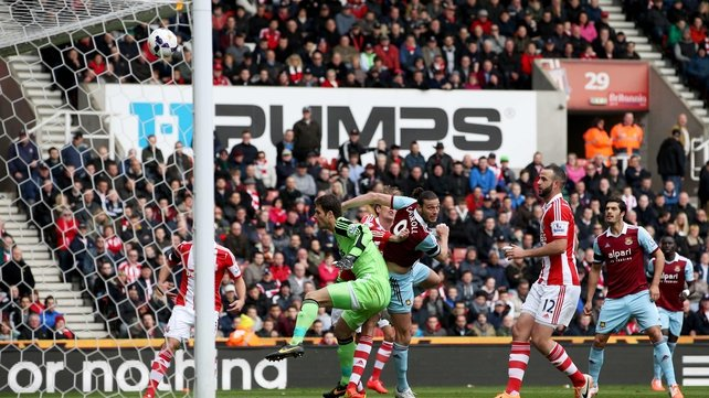 Andy Carroll score early for West Ham