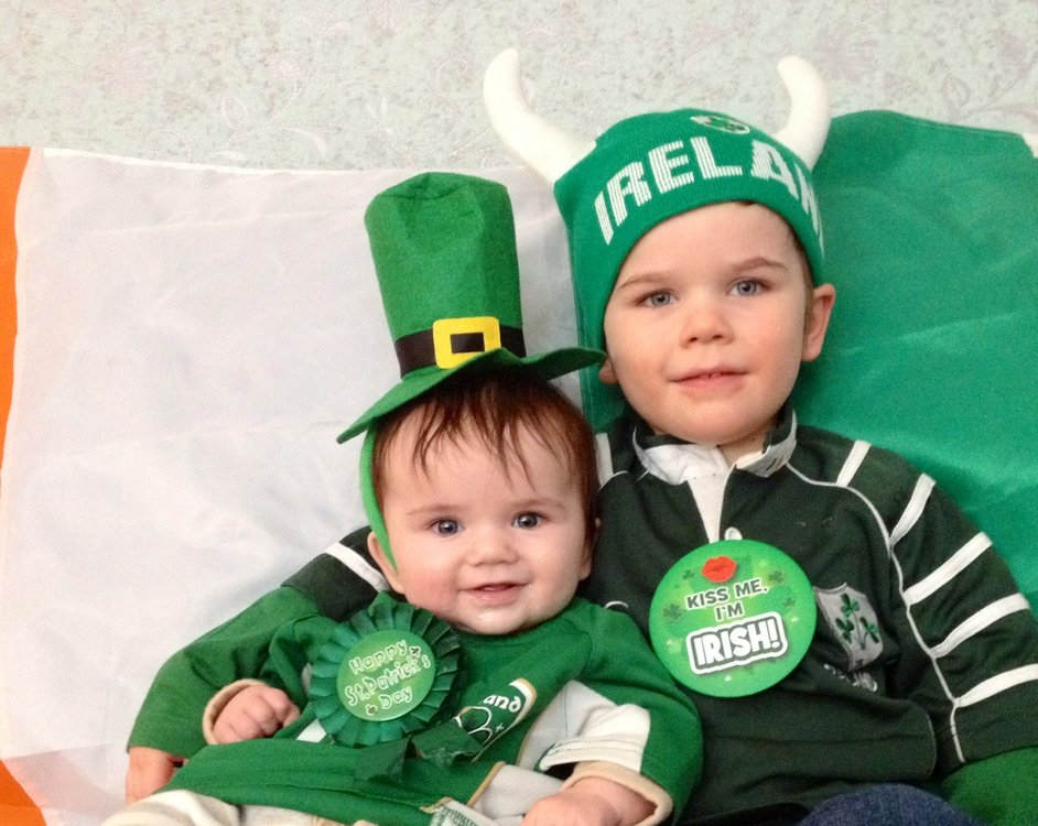 Samuel and Eireann McCormack from Northern Kentucky dressed up for the St Patrick's Parade in Cincinnati - their dad is originally from Limerick (Pic: Emily McCormack)