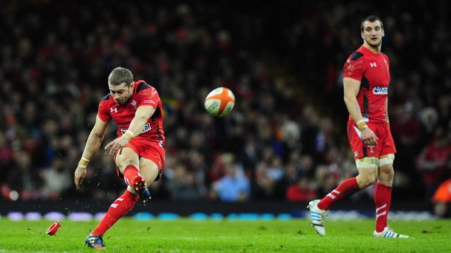 Leigh Halfpenny is watched by  Sam Warburton as he takes a penalty