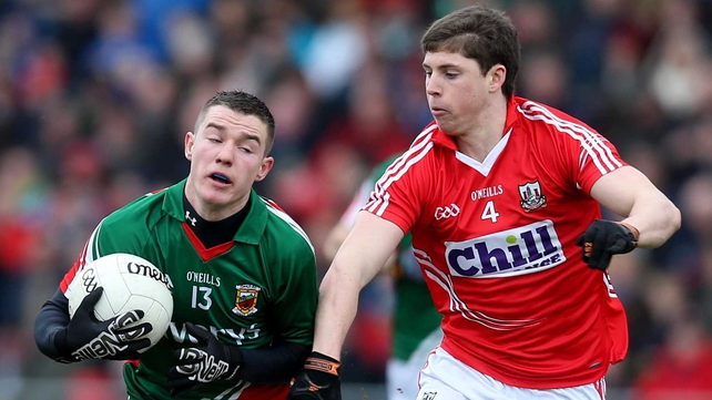 Mayo's Mikey Sweeney holds off Kevin Crowley