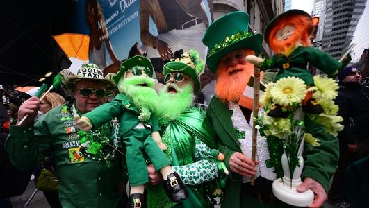 Máire Uí Eidhin, Dara Ó hEidhin, Niamh McCall & Siobhán McGuinness.
