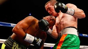 Dublin light-welter Jamie Kavanagh (r) beat Puerto Rico's Andres Navarro
