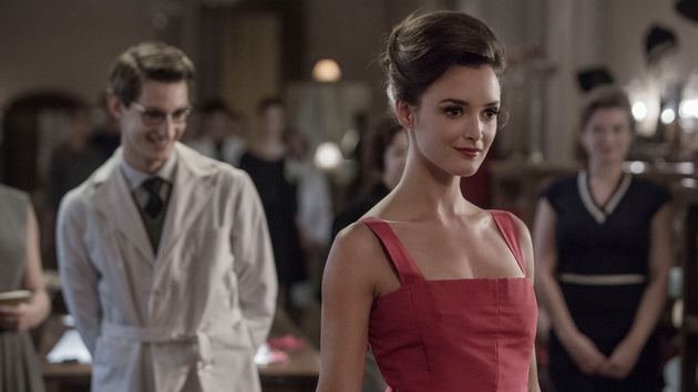 Charlotte Lebon stuns as early Yves muse Victoire Doutreleau