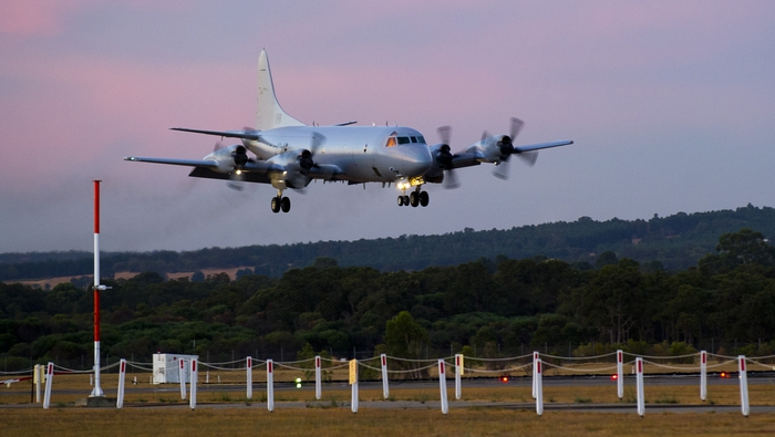 Australia to resume ocean search for missing Malaysia jet