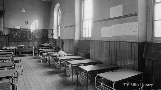 Primary School Classroom © RTÉ Archives 2284/040