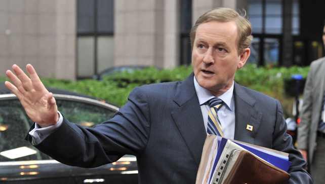 Taoiseach Enda Kenny was critical of 'public' comment on the Garda Commissioner