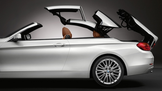 The fifth-generation of this class of drop-top