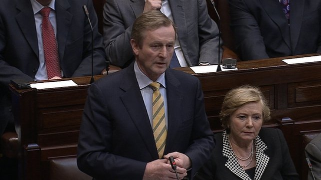 Taoiseach Enda Kenny confirmed he sent a senior civil servant to Martin Callinan the day before he announced his retirement