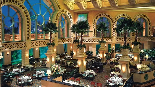 Eating out at Atlantis is every bit as exciting as the magnificent water park