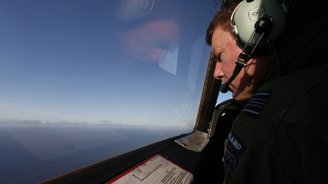 New Zealand and Australian Air Force crews spotted unidentified pieces of debris in their searches