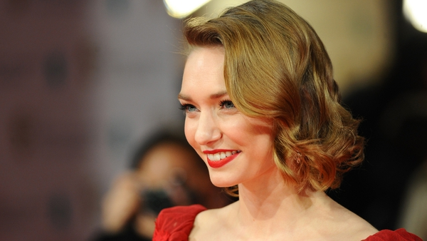 Eleanor Tomlinson goes from playing a Lady in The White Queen to being a servant in Poldark