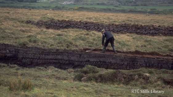 Man cutting turf in Co. Mayo © RTÉ Archives 0754/007