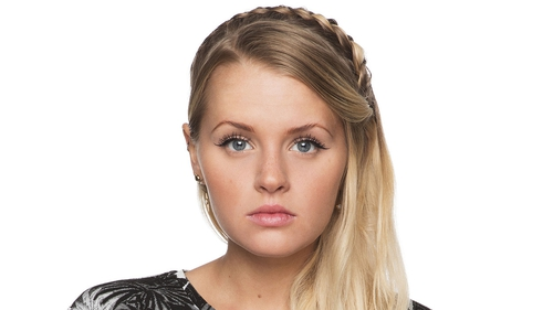 Lucy (Hetti Bywater) - Secret's out