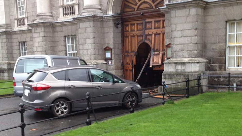 The gates of Trinity College Dublin were damaged when a car crashed through them this morning (Credit: Donal Mulligan)