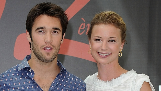 Revenge stars Joshua Bowman and Emily VanCamp