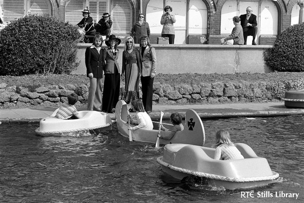 ABBA at a pond on the Brighton Waterfront (1974)