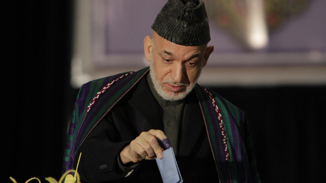Afghan President Hamid Karzai urged his compatriots to vote (Pic: EPA)
