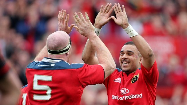 Paul O'Connell celebrates with Simon Zebo after scoring a try