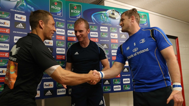 Jonny Wilkinson with referee Wayne Barnes and Jamie Heaslip at the coin toss at Stade Felix Mayol