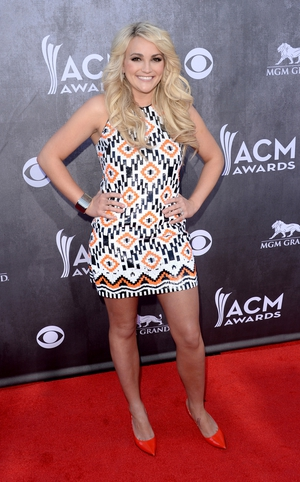 Newly-wed Jamie Lynn Spears opted for a bright, short number