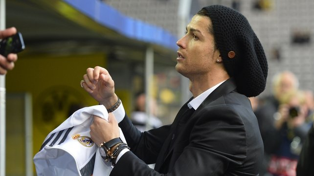 Is Cristiano Ronaldo rocking a new set of dreadlocks?? Find out at 7:45pm