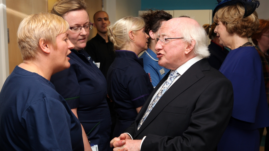 The President chats with Irish nursing staff at UCLH