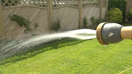 People are urged to conserve water as heatwave continues