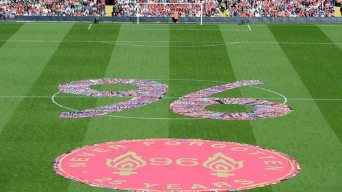 Thousands of football scarves were laid out in the shape of the number 96