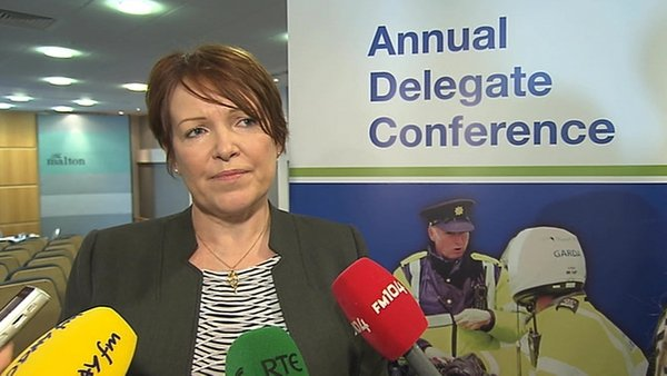 Commissioner Noirín O'Sullivan said internal criticism enables gardaí to deal with small issues before they become major grievances