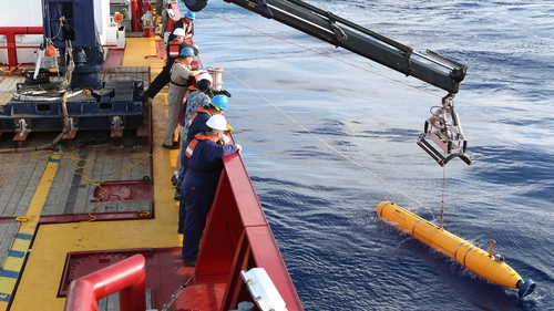 Bluefin-21 has been redeployed and is continuing its underwater search (Pic: EPA)