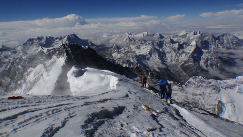 The avalanche happened at an altitude of about 5,800 metres in an area known as the 'popcorn field'