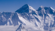 Sherpas threaten to strike following Everest disaster