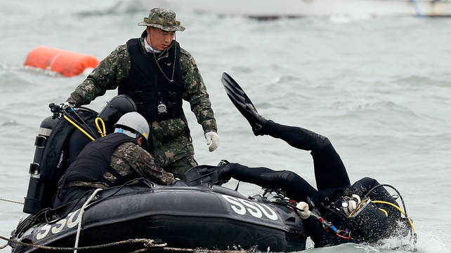 A South Korean Navy's Ship Salvage Unit prepares for a salvage of the sunken ferry Sewol