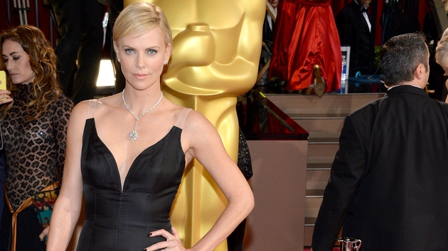 Charlize Theron to host SNL episode