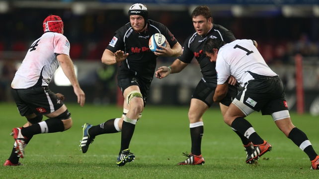 Franco Van der Merwe on the attack for the Sharks last year