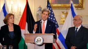 US Secretary of State John Kerry has denied calling Israel 'an apartheid state'