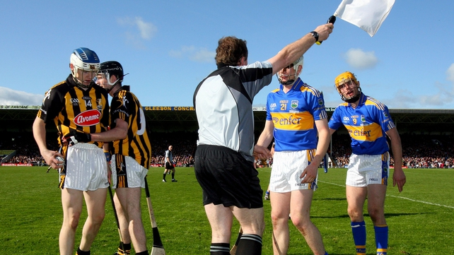A shot of the 2009 league final final featuring Kilkenny and Tipperary