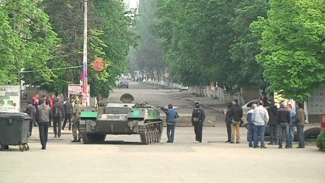 Pro-Russian rebels have set up a number of checkpoints on roads around Slaviansk