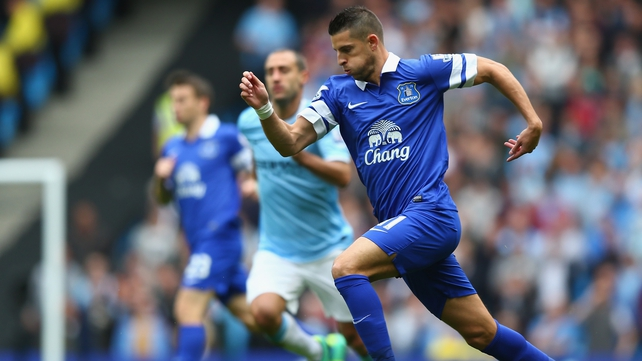 Kevin Mirallas in action during Everton's game against Manchester City at the Etihad Stadium on 5 October 2013