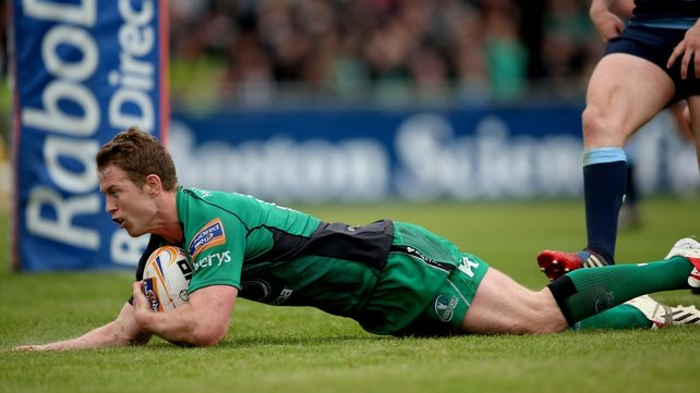 Matt Healy scores the opening try for Connacht