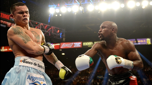 Mayweather won a majority decision against Maidana in May