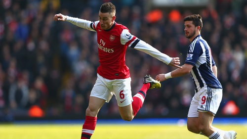 Laurent Koscielny has extended his deal with Arsenal