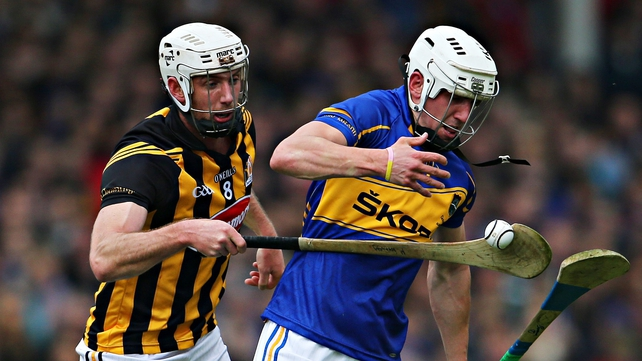 Michael Fennelly (L) has been ruled o