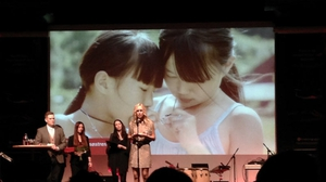 Fíorscéal's Twin Sisters on TG4 concerns two Chinese girls, adopted in Norway and the USA, who meet again at eight years of age.