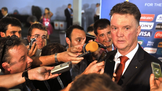 Louis van Gaal wants the Man United job