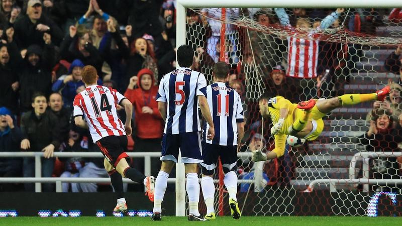 Jack Colback turns away after scoring Sunderland's opener