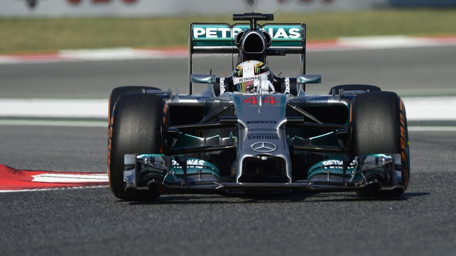 Lewis Hamilton will take his place in the Azeri Grand Prix in 2016
