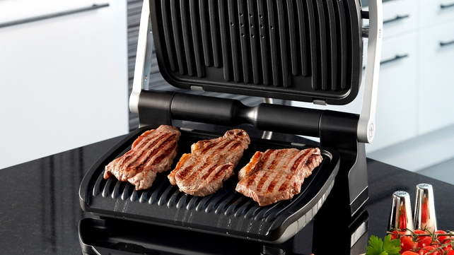 Cook the perfect steak with the Tefal OptiGrill
