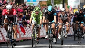 Giant-Shimano's Marcel Kittel (left red jersey) comes home to win stage three