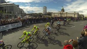 The Peloton travels across Matt Talbot Bridge in Dublin during stage three of the Giro D'Italia